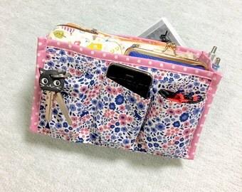 Purse Organizer / Inner Purse / Purse Insert / Bag in Bag --- Cats in the Flower Garden - Pink