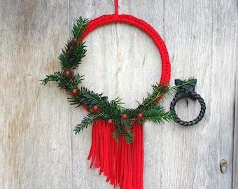 Fringed Christmas Wreath, Christmas Decor, Farmhouse Decor, Wedding Wreath, Winter Front Door Wreath, Minimal Door Wreath, Modern Wreath
