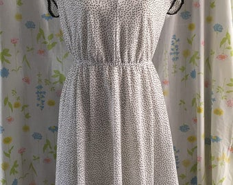 Carriage Court white and black polka dot dress size s/m