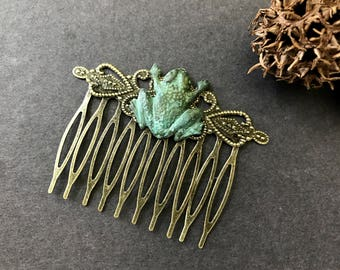 Frog Hair Comb, Frog Lover, Verdigris Frog, Frog Prince, Amphibian, Toad Hair Comb, Green Frog, Gifts for Her, Teen Gift, Green Toad