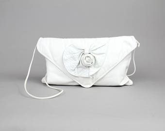 Vintage 1980s Colini Leather Purse | White Leather Rosette Envelope Clutch Bag | Soft Leather Shoulder Bag