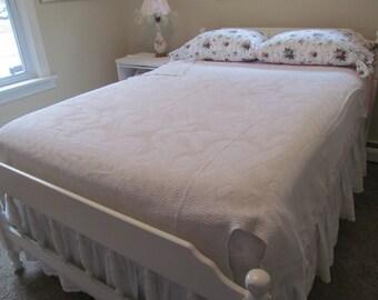 Antique Vintage 4 Poster Bed Coverlet Spread White Cotton Matelasse Jeanne d'arc Boudoir