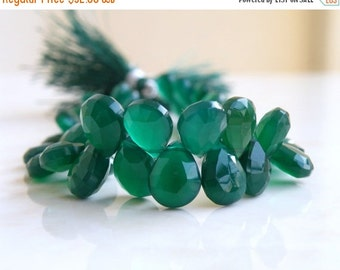 Final 51% off Sale Green Onyx Gemstone Briolette Faceted Pear Teardrop Emerald Green 10 to 11 mm 25 beads