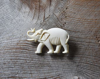 Vintage Elephant Brooch, Carved Bone Elephant Brooch, Elephant Brooch, Animal Brooch, Elephant Pin, Wildlife Brooch, Figural Brooch