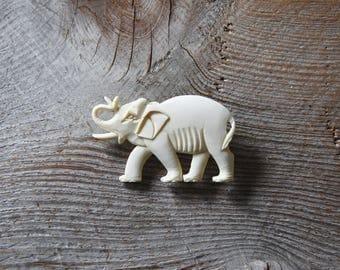 Vintage Elephant Brooch, Carved Bone Elephant Brooch, Elephant Brooch, Animal Brooch, Elephant Pin, Wildlife Brooch, Figural Brooch