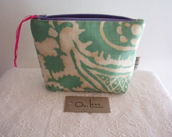 Cosmetic or Make up bag