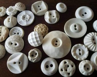 Vintage Buttons - Cottage chic mix of  white lot of 30 old and sweet(  mar130 17)