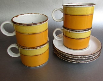 Sun By Midwinter Stonehenge Made In England, Set Of Four Cups And Saucers 1973-1986 Stoneware