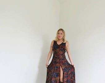 SPRING SALE 1990s Autumn Leaf Dress /// Size Small to Medium