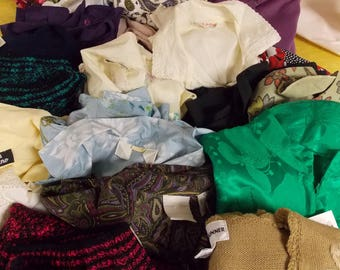 Lot of over 20 vintage tops, button front blouses, pullovers, blazers, jacket tops