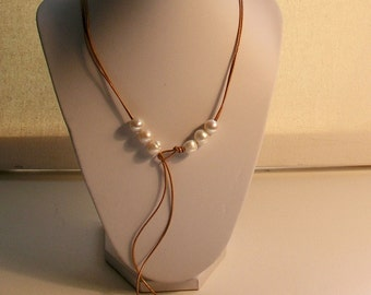 Freshwater pearls & leather lariat