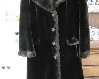 Vintage Plush faux fur coat Borgazia by Russel Taylor dark brown button front size 12