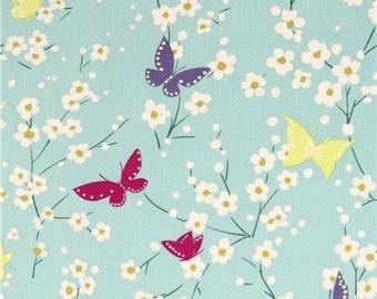 202712 light green butterfly flower Michael Miller fabric