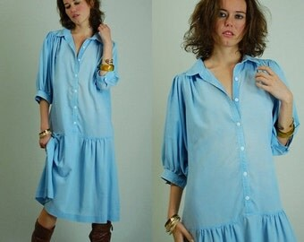 sale 25% rainy days sale Chambray Dress Vintage 80s Light Blue Oversized Slouchy Drop Waist Chambray Dress (s m l)