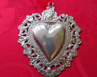 Antiqued Pewter Ex Voto Sacred Heart Milagro- Perfect for your own projects or for decoration