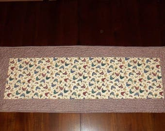 Chicken Table Topper, Americana Patrotic, Dining Table Decor, Fabric Centerpiece, 15x38 Inches, Machine Quilted, Quilted Table Runner,