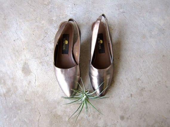 Polished Bronze Slip On Sandals Pointy Toe Flats 80s Sling Back Shoes VEGAN Chic Boho Hipster Sandals DES Womens size 6.5
