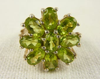 Size 7.75 Vintage Sterling Peridot Ring