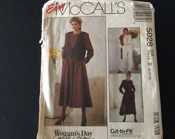 Vest Jumpsuit and Dress Sewing Pattern Easy McCalls 5028 Sizes 12 14 16