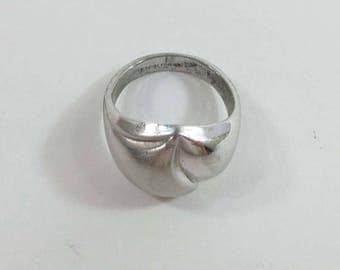 Sterling Silver Ring Domed Size 7 Matte and Shiny Modernist 9112