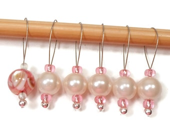 Stitch Markers Snagless Pale Pink Pearl Knitting Tools Beaded Snag Free Handmade Gift for Knitter