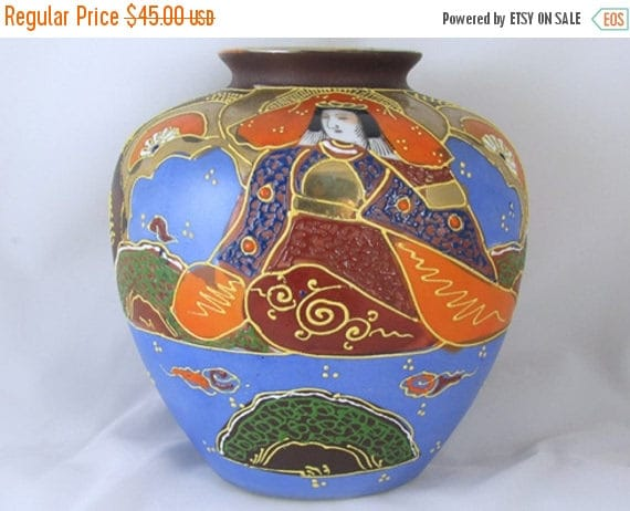 SPRING CLEANING SALE Vintage hand painted Japanese Satsuma earred urn vase ceramic / pottery / Asian / Oriental / Japan / moriage