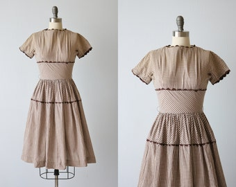 Vintage 1950s Brown Checked Dress / 50s Dress / Cotton Dress / Gathered Skirt / Chocolate Chip Cookies