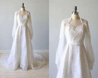 Vintage 1970s Long Sleeve Lace Wedding Dress / Vintage 70s Wedding Gown / Boho / Alfred Angelo