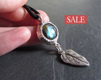 SALE - 50% off / Sterling silver labradorite leaf necklace / gemstone pendant / rustic necklace / labradorite necklace / nature jewelry