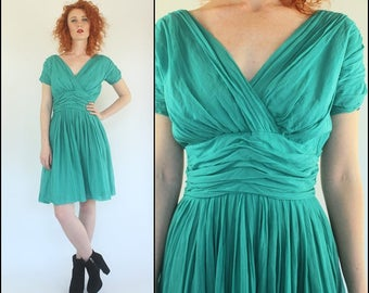 Vintage 50's Flared Preppy Ruched Flowy Boho Cotton Full circle Mini dress S