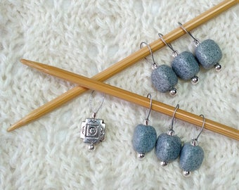 Knitting Stitch Markers - Gray Feldspar triangle pebble gemstones & silver - snag free loop markers - set of 7 - three loop sizes available