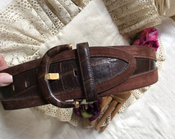 Vintage wide brown leather suede size Small belt, moc croc brown leather wide tapered belt, 25 to 29 inch waist wide brown belt