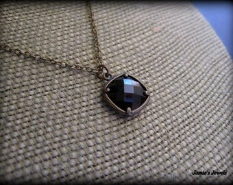 Square Necklace  - Black Stone Necklace   - Black Jewel - Brass  - Contemporary - Simple  - Modern - Everyday - Dainty  - Bezel - Faceted