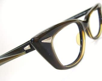 Vintage Pointy Cat Eye Glasses Eyeglasses or Sunglasses Frame Bausch & Lomb