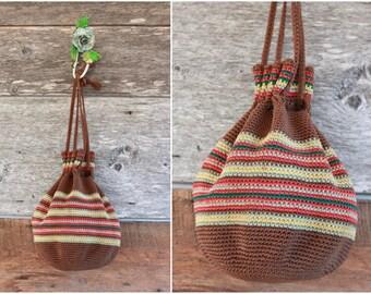 1940s handbag | 40s crochet purse | brown and red wristlet pouch clutch bag