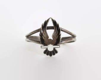 Vintage 80s Silver Eagle Bracelet / 1980s Boho Biker Eagle Enamel Inlay Harley Cuff
