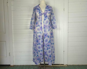 Dreamy Daisies Jacket in Lavender- 60s / 70s Plus Size Duster- Sheer- 1970s
