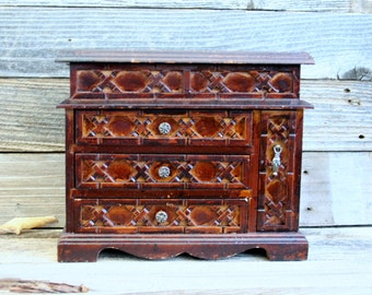 Lovely Vintage Handcarved Wood Jewelry Box