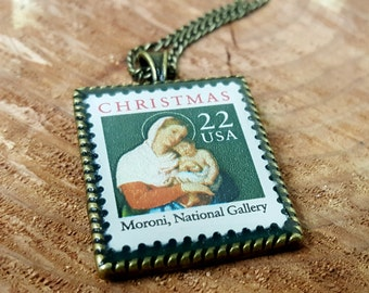 Vintage Christmas Stamp Necklace - Christmas Jewelry - Moroni Madonna and Child Necklace - 1987 Postage Stamp Necklace - Red and Green