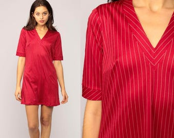 Tshirt Dress Mini Striped Red White Vintage 70s Mini V Neck Shift Short Sleeve Retro Minidress 1970s Medium