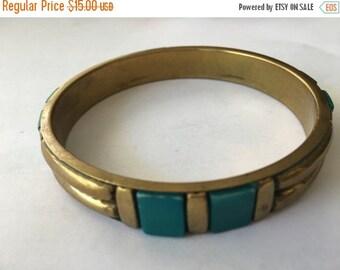 ON SALE Vintage Faux Turquoise Bangle Bracelet