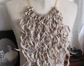 Necklace - Beautiful Ivory Soft Suede Leather Curly Fringe Bib Necklace Choker (#22)