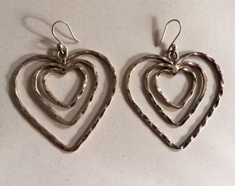 1 WEEK LEFT - CLOSING Vintage Sterling Silver Mexico Heart Earring. Marked 925, Mexico. Perfect Valentines Day Gift