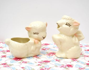 Vintage 1950's Shawnee lamb sugar and creamer set, pink ears and bow, sweet Easter lamb cream pitcher and sugar bowl, excellent condition