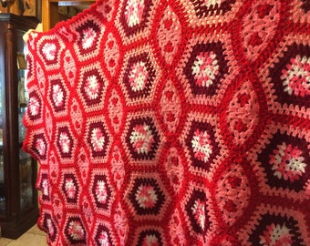 Vintage 1970s Red Pink Burgundy White 60 x 48 Large Hand Crochet Wool  Afghan Blanket