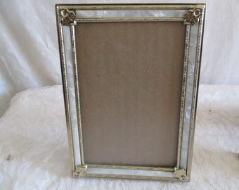 Picture Frames Pearl  Gold Tone 5 x 7, glass