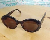 Vtg Vintage 90s 1990s Brown Oval Frames Ellen Tracy Sunglasses Eyewear Sun Protection B 98-31