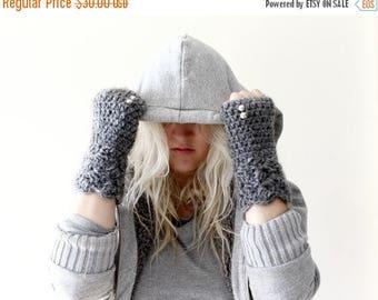Sale Grey Fingerless Gloves / Grey Melange Fingerless Gloves / Granny Gloves /  Texting Gloves / Lace Knit Fingerless Gloves / Hand Warmers/
