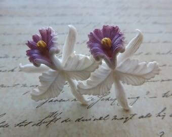 celluloid flower earrings vintage white iris pierced post earrings 1950s Easter irises