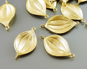 2 small textured marquise shaped leaf pendants, leaf charms, leaf connectors 1048-MG-SM